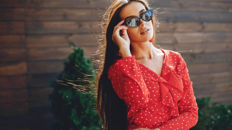 Тренди в жіночих сонцезахисних окулярах